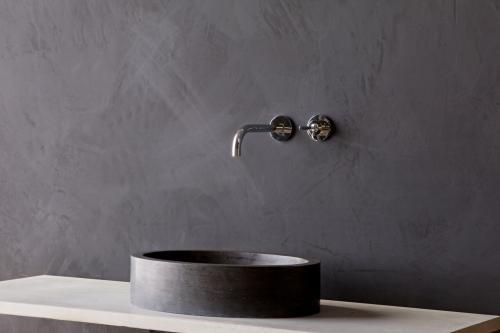 Naturstein Aufsatzwaschbecken FIRENZE Bluestone matt poliert 50 cm