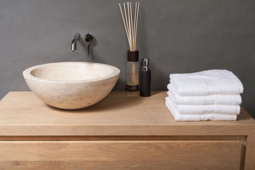 Naturstein Aufsatzwaschbecken ROMA TRAVERTIN 40 cm