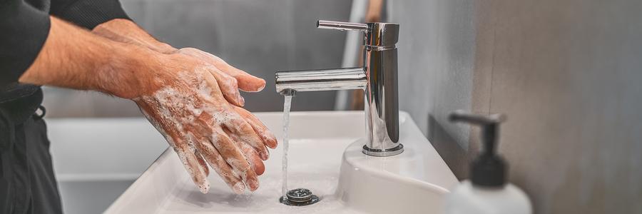 Schutz vor Corona-Infektion: Händewaschen und Hygiene
