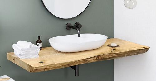 Unsere beliebten Waschtischplatten aus Eiche massiv mit Baumkante