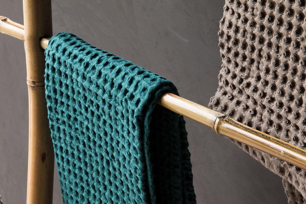 handtuchhalter aus bambus spa ambiente. Black Bedroom Furniture Sets. Home Design Ideas